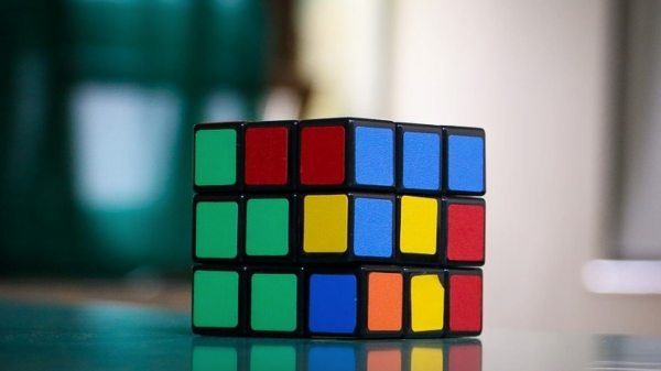 Learn your kid to solve Rubik's cube