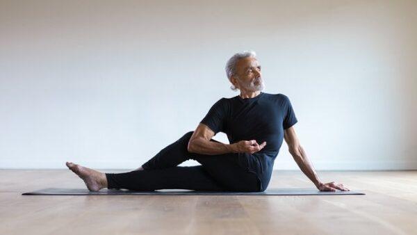 Alomoves - Essential Yoga Poses